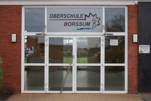 Haupteingang-Oberschule-Borssum