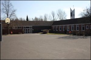 Innenhof-Oberschule-Borssum
