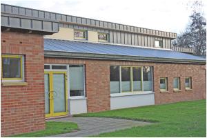 Mensagebäude-Außen-Oberschule-Borssum