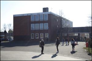 Schulgebäude-Borssum